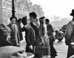 Le baiser de l'Hôtel de Ville - Robert Doisneau - 1950