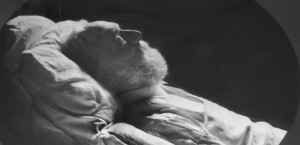 272 - Aux hommes morts