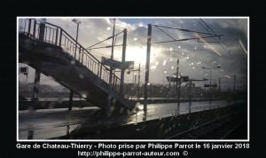 Gare de Chateau-Thierry sous la pluie - V2